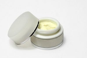 Découvrez les bienfaits de la Crème anti- âge au Caviar