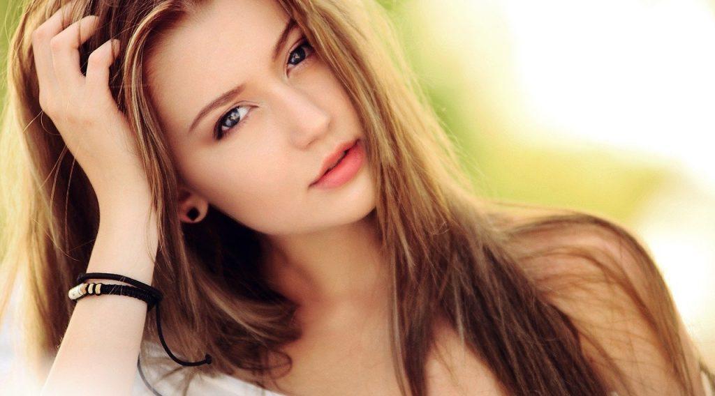 Kératine : est-ce le soin idéal pour les cheveux abîmés ?