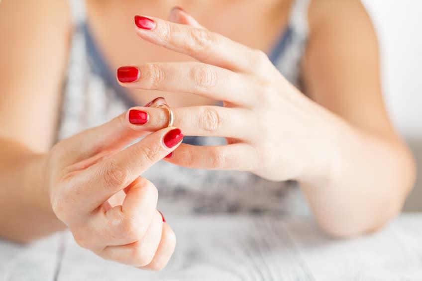 Pourquoi et comment une femme trompe son mari